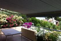 Store banne coffre haut de gamme pour terrasse