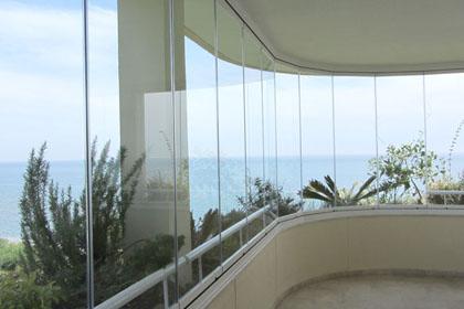 Fermeture de balcon sans aucune perte de luminosite