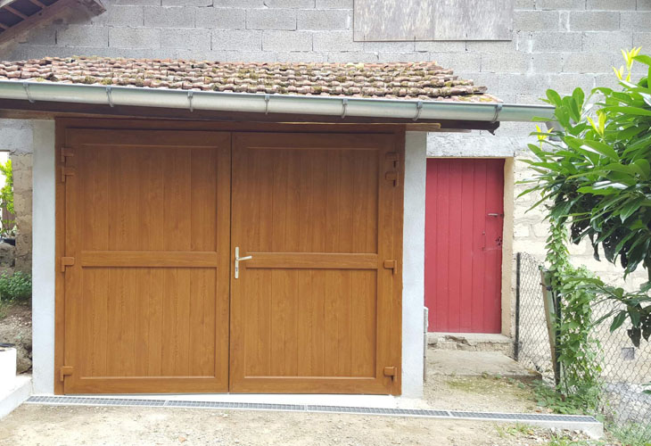 porte de garage 2 battants pvc
